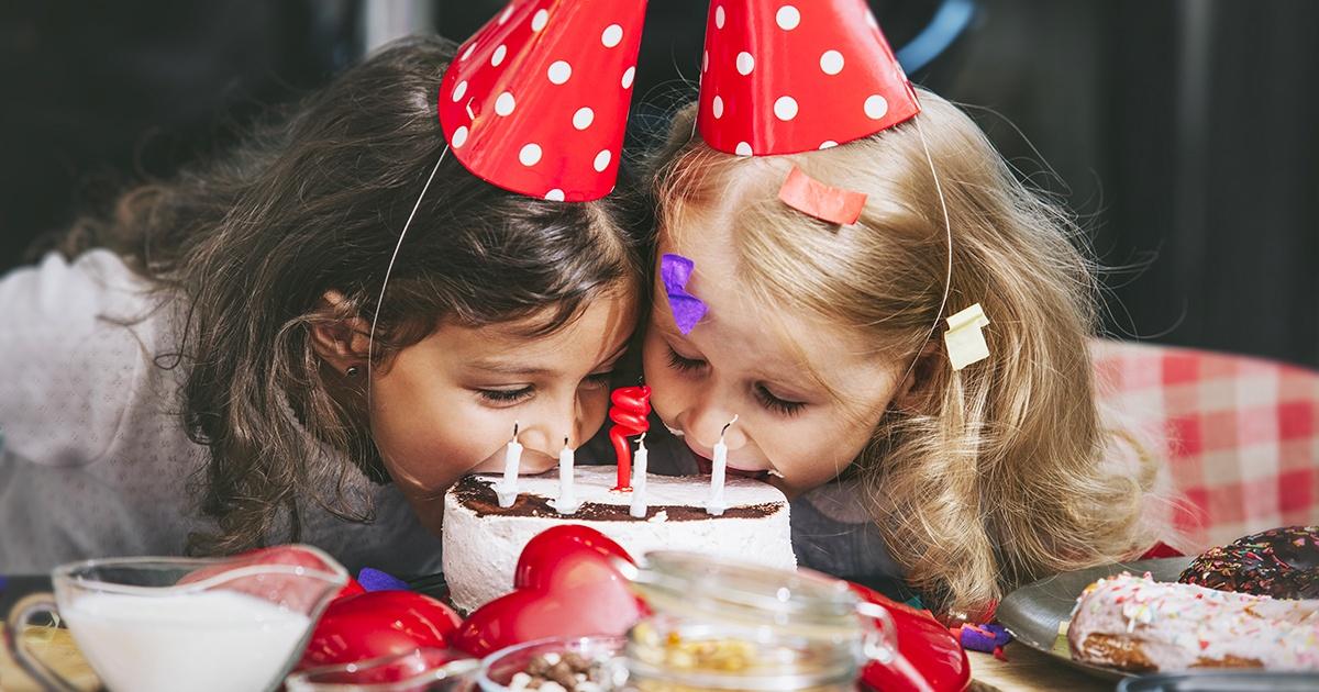 Biglietti invito di compleanno unici per le tue feste